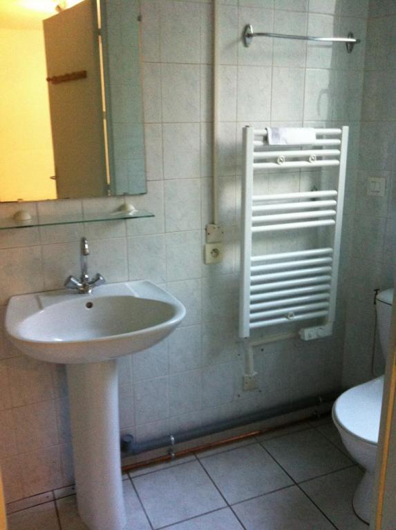 Salle d'eau côté wc