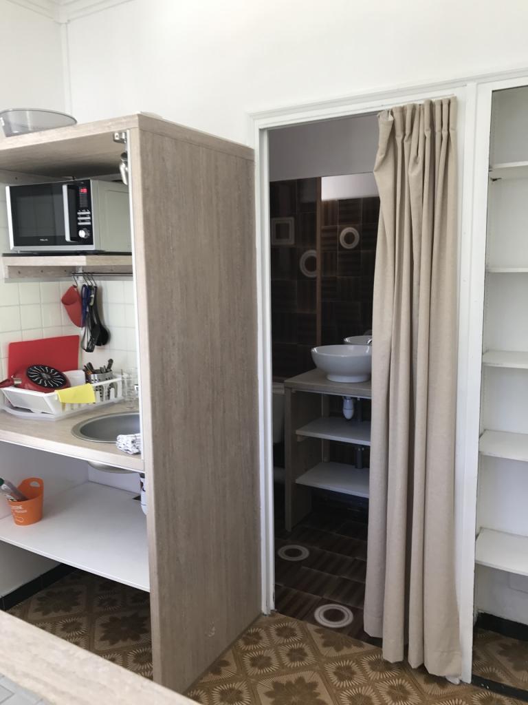 Studio meublé s8