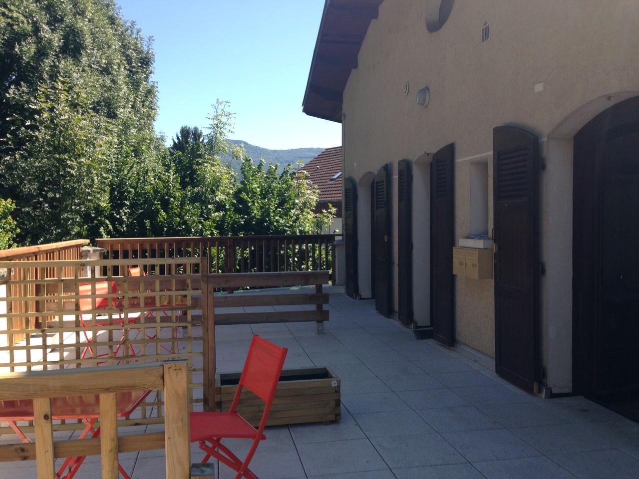 terrasse et fenêtres